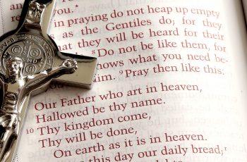 The Divine Mercy Chaplet Prayer VERY POWERFUL